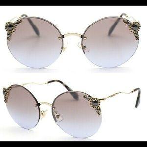 Miu miu sunglasses 🕶 NWOT